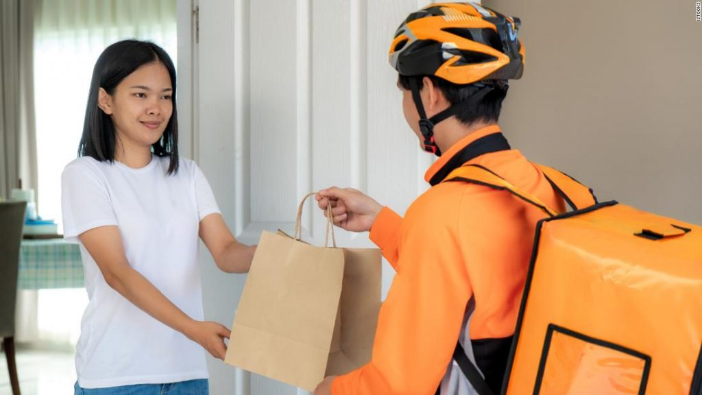 Best food delivery credit cards
