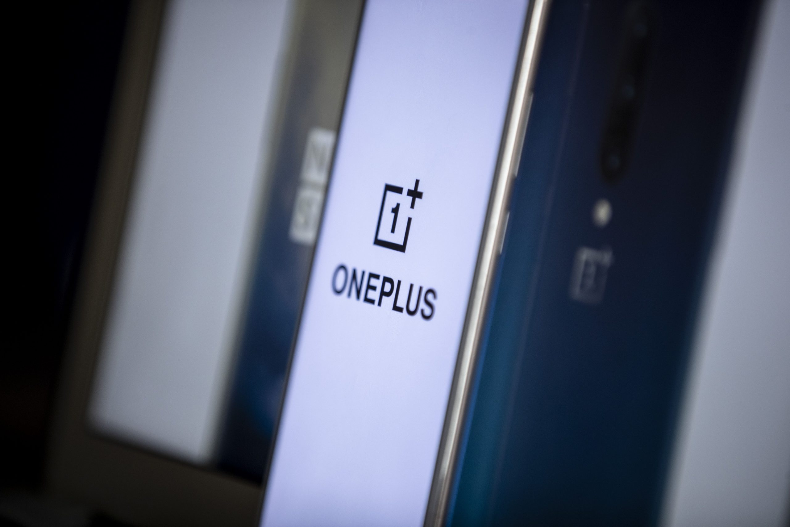 OnePlus will reveal its first smartwatch on March 23rd