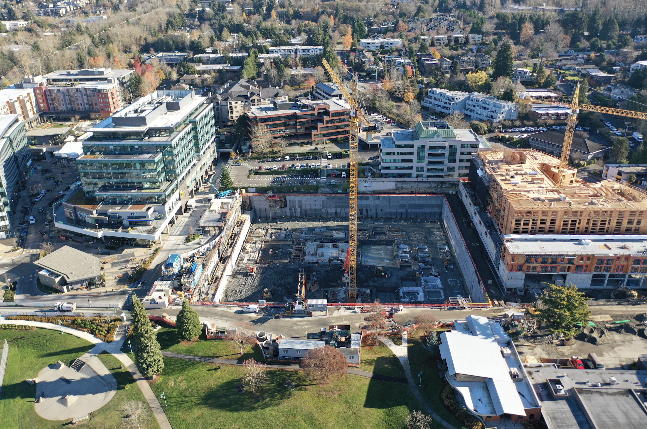 Google tops 6,300 employees in Seattle area, will invest $7B in new U.S. offices this year