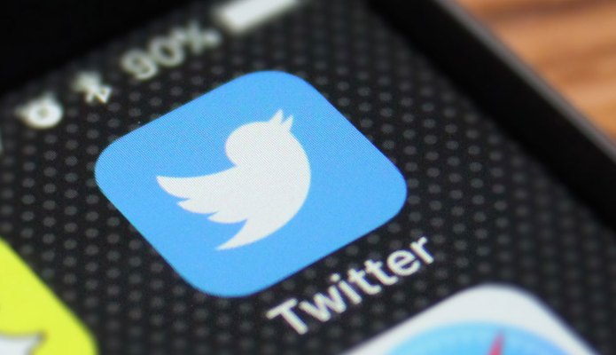Twitter CEO Jack Dorsey busted for tweeting during congressional hearing – TechCrunch