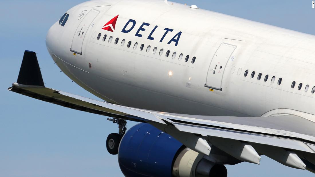 Delta credit cards: Up to 90,000 bonus miles