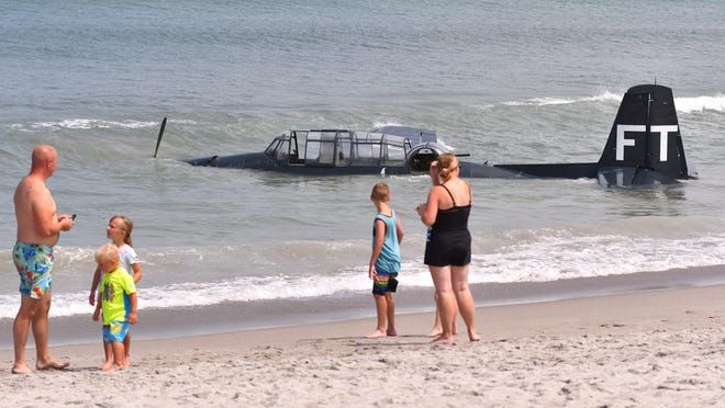 Cocoa Beach Air Show vintage plane makes emergency water landing