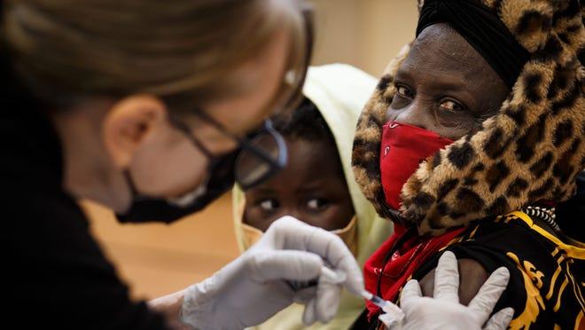 Duke student vaccinations; Alabama, Utah end mask mandates