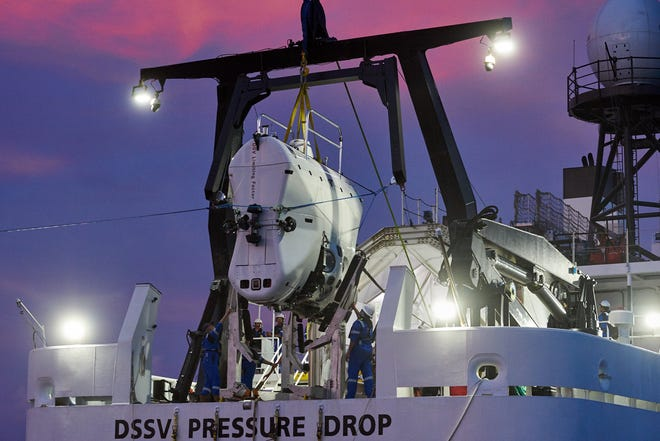 Larry Connor and the team will complete their dives in the state-of-the-art DSV limitation factor at full sea depth.