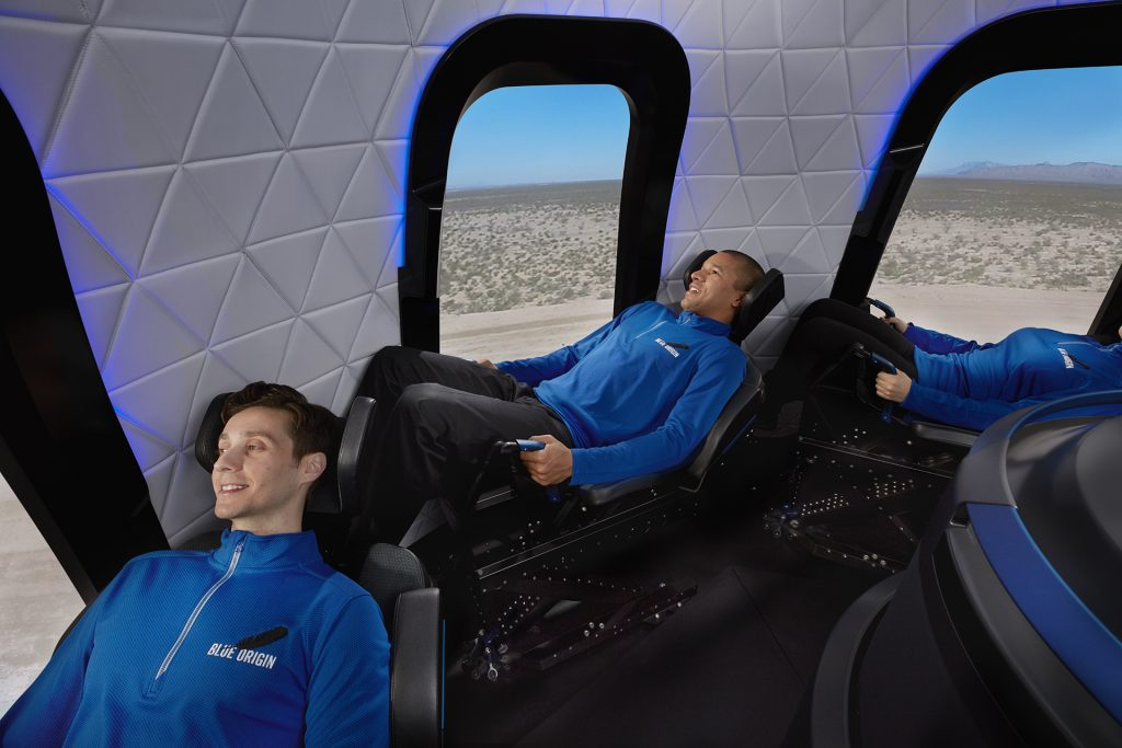 Blue Origin capsule with fliers