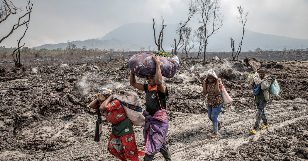 Goma, Congo, Is Partly Evacuated Due to Volcano Eruption Fears [Video]