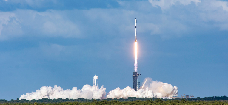 SpaceX launched 52 more Starlink satellites to orbit on Saturday – TechCrunch