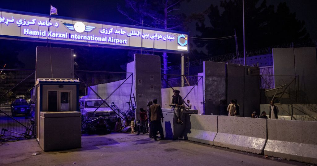 Afghanistan Updates: Rockets Launched at Kabul Airport After U.S. Strikes